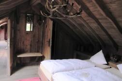 Luxe groepsverblijf 22 personen met zwembad en sauna Ardennen
