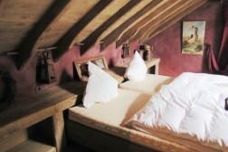 Luxe groepsverblijf 21 personen met zwembad en sauna Ardennen